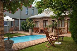 evelynhouse grahamstown accommodation