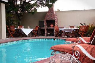 oak lodge accommodation grahamstown bed and breakfast